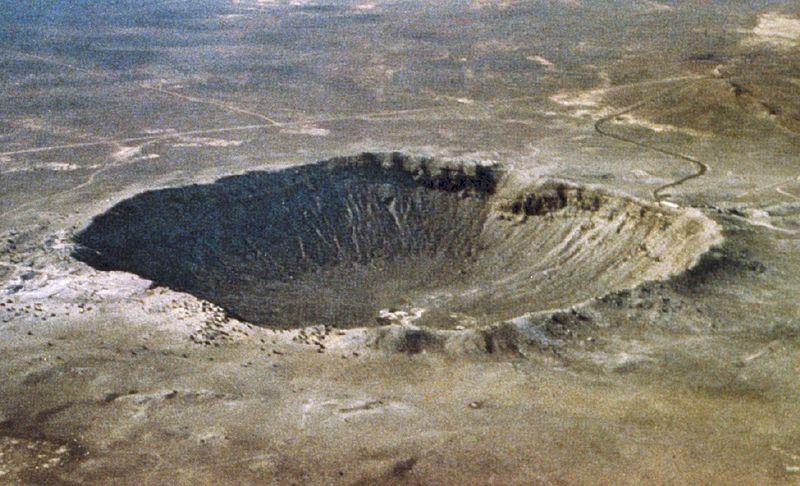 Arizona çöllerinin kuzeyindeki, Barringer meteor krateri