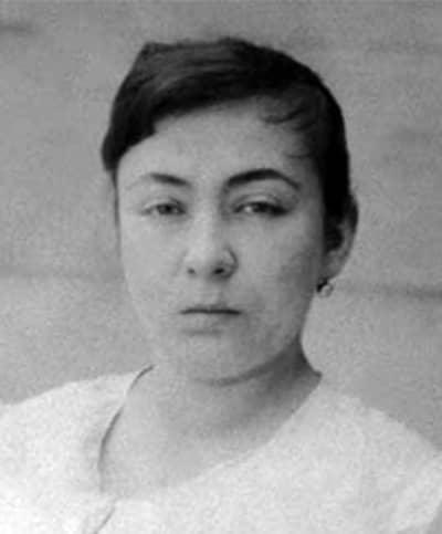 Fatma Aliye Topuz (1862-1936) - Türk Edebiyatının İlk Kadın Romancısı
