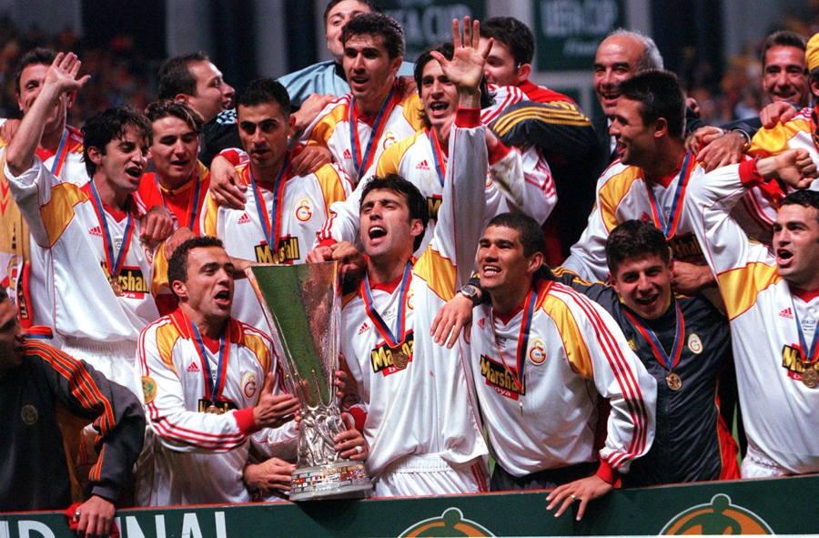 galatasaray-uefa-kupasi08ca267da2a213dd.jpg