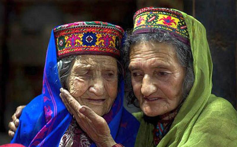 Hunza Türkleri 120 Yıl Yaşayıp Genç Ölüyorlar!