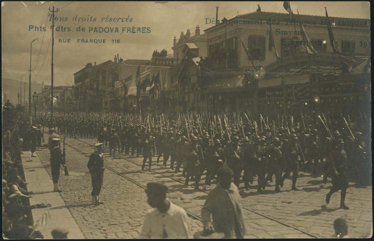 İzmir'de Yunan birlikleri